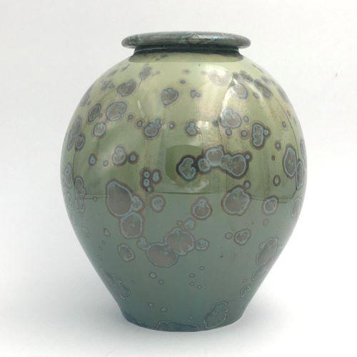 Extra large urn 147